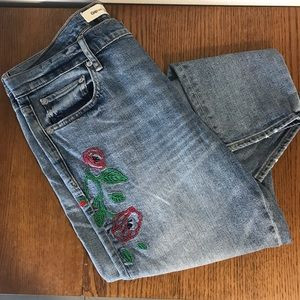 GAP embroidered jean